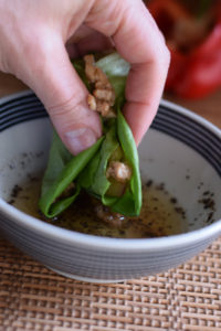 chicken lettuce wrap with dipping sauce
