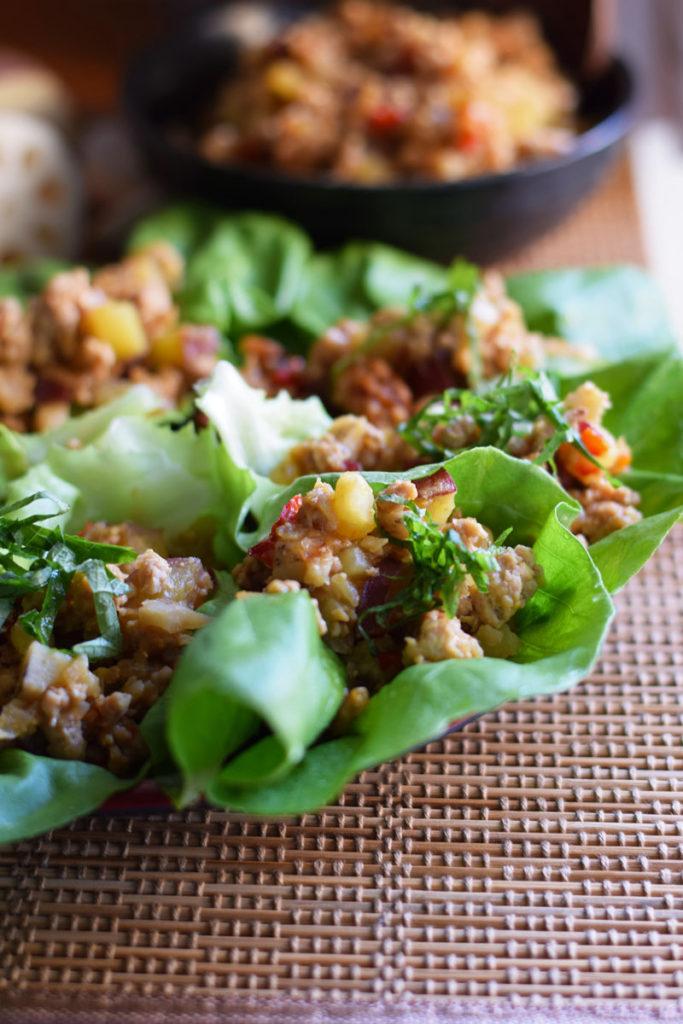 Japanese lettuce wrap