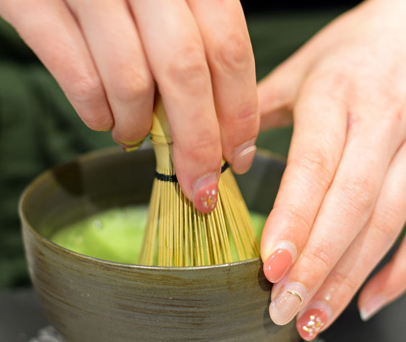 Matcha Green Tea – Why It's So Healthy and How to Make It Like a Master